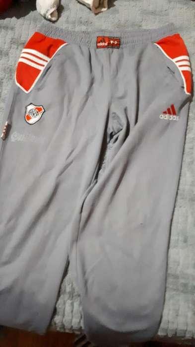 Pantalon de River Plate Talle 3