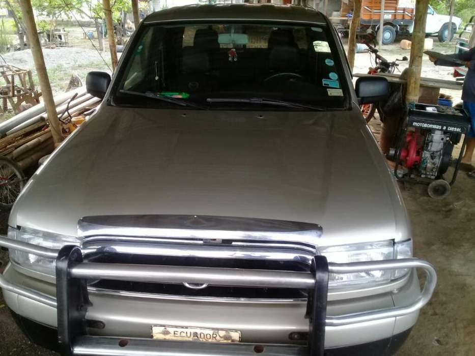 Mazda B-2600 2002 - 0 km