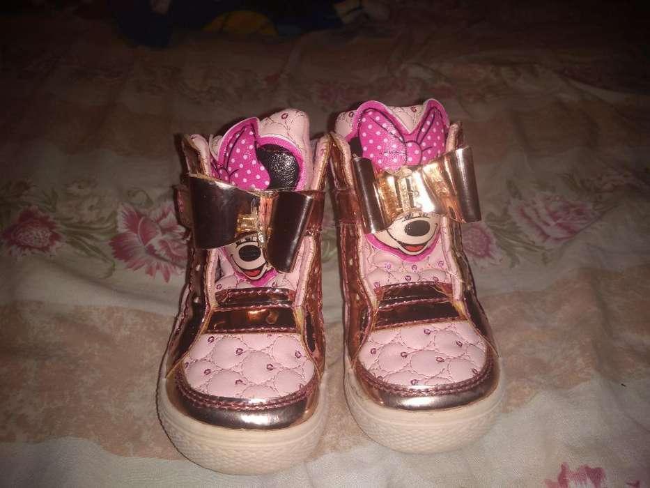 Vendo Hermosos Zapatos de Niña de 2 Años
