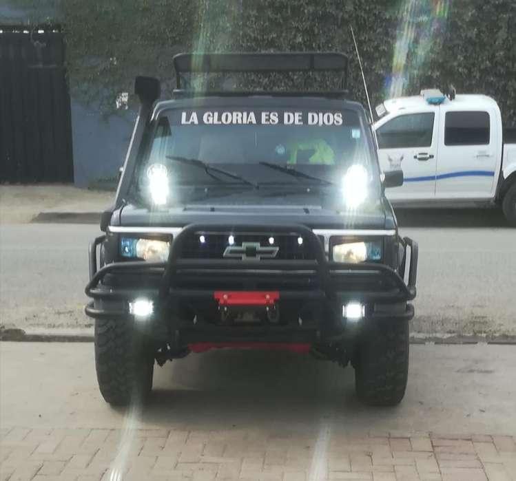 Chevrolet Trooper 1987 - 1111 km