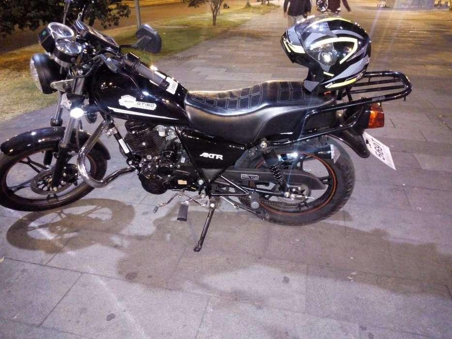Se Vende Moto Como <strong>nueva</strong> por No Usar 870