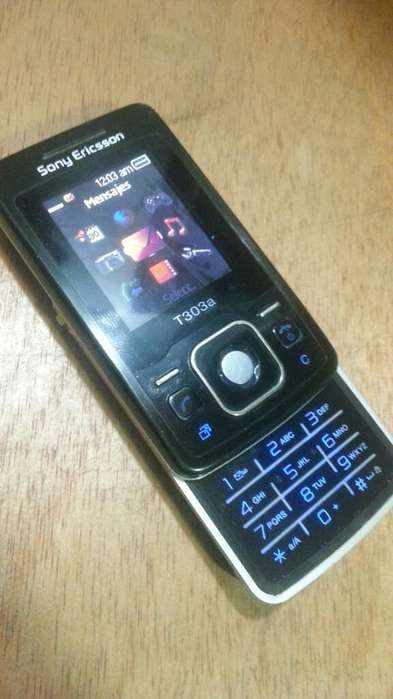 Sony Ericsson T303 Clásico Mini Celular
