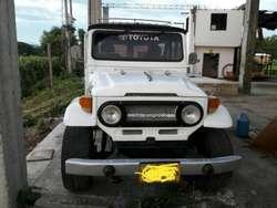 Vendo Toyota Fj40 Excelente Estado Melo