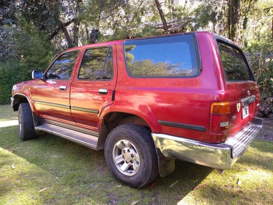 Toyota 4Runner 1994 - 305000 km