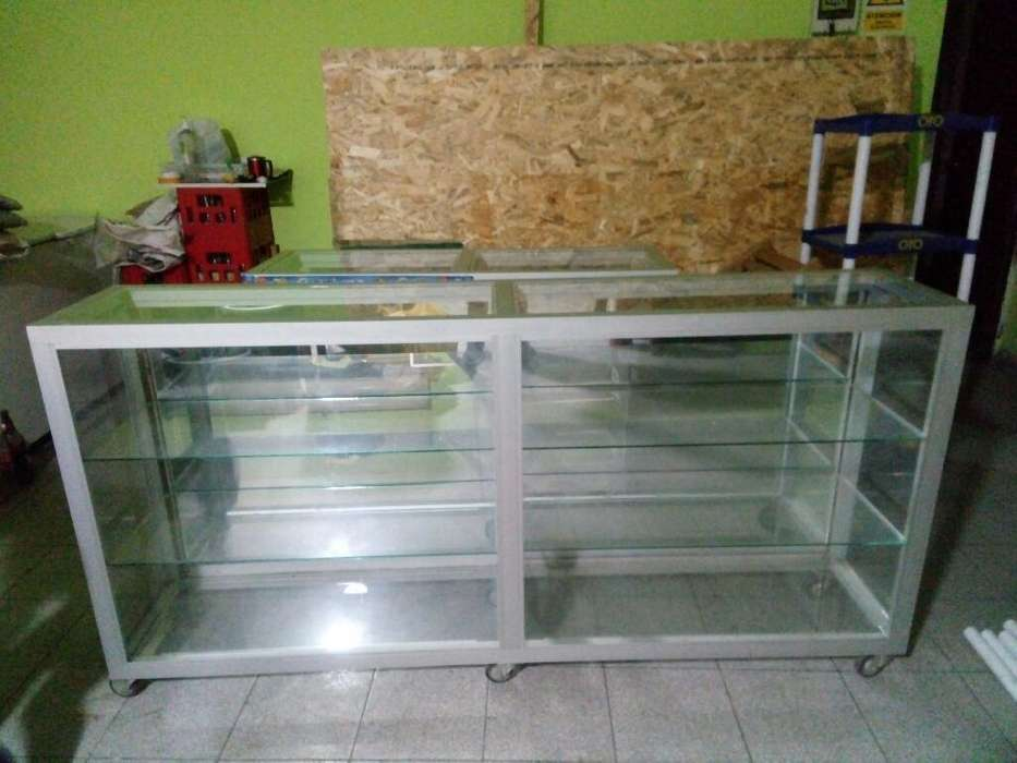 Vitrinas de Vidrio Y Aluminio
