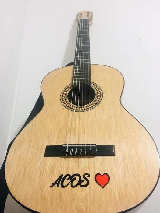 Guitarras Acusticas de Estudio