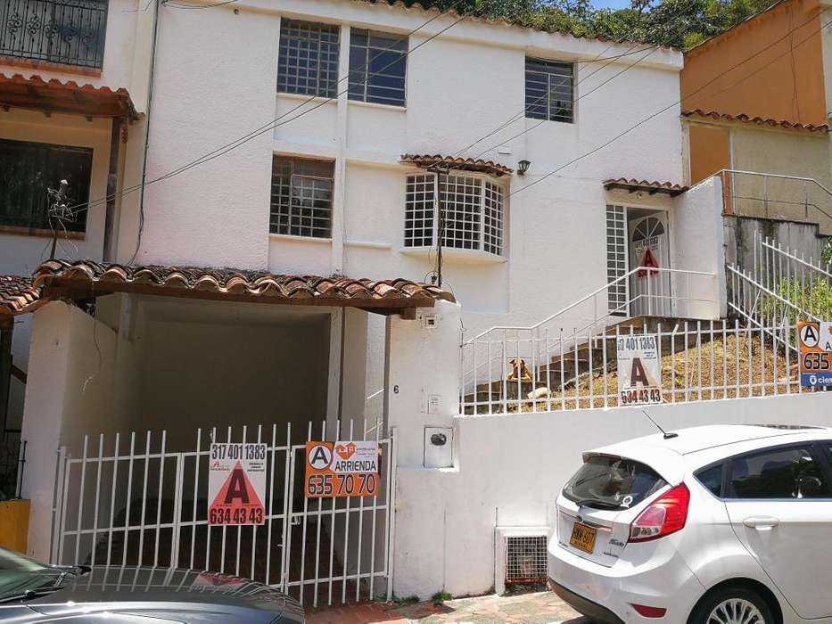 ARRIENDO <strong>casa</strong> ALTOS DEL JARDIN