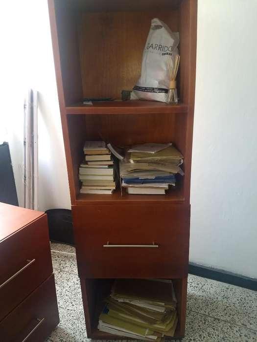Muebles de Oficina en Buen Estado.