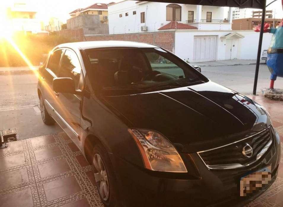 Nissan Sentra 2012 - 90800 km