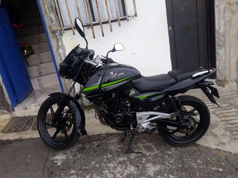 Moto Pulsar 220