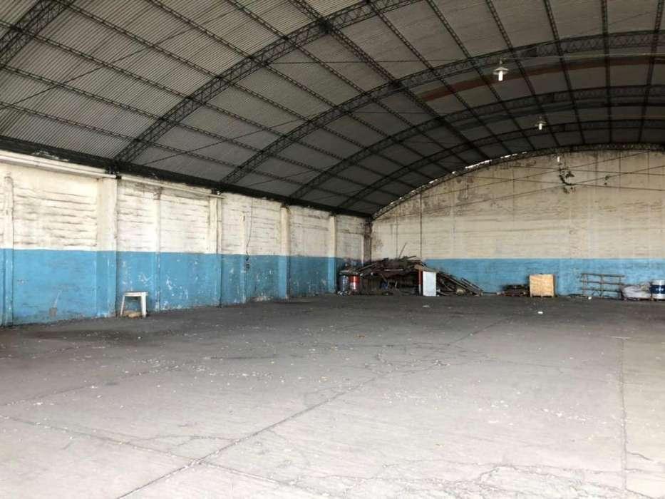 Dueño alquila galpon 1000 m2 cubiertos