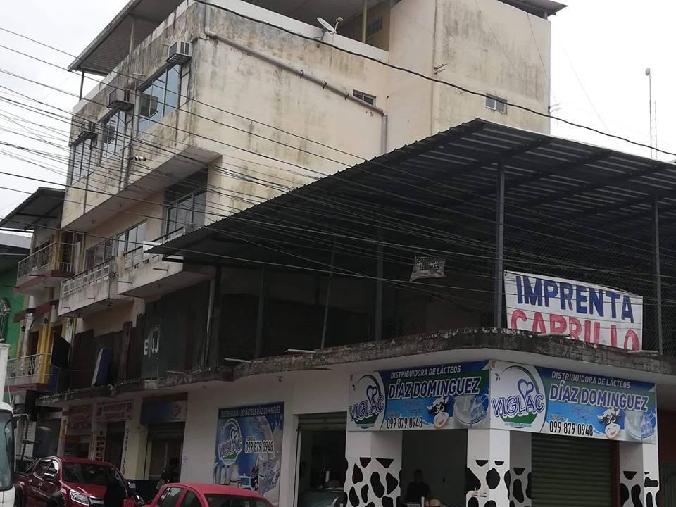Venta de edificio Quevedo sector comercial y Bancario