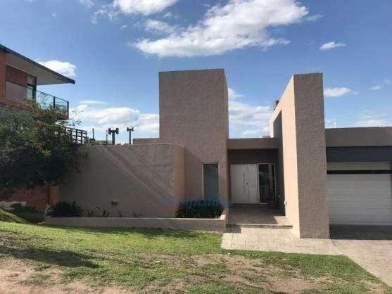Alquiler Excelente Casa La Rufina Orientacion Norte