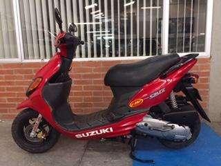 Vendo moto suzuki space 100 cc original 2007