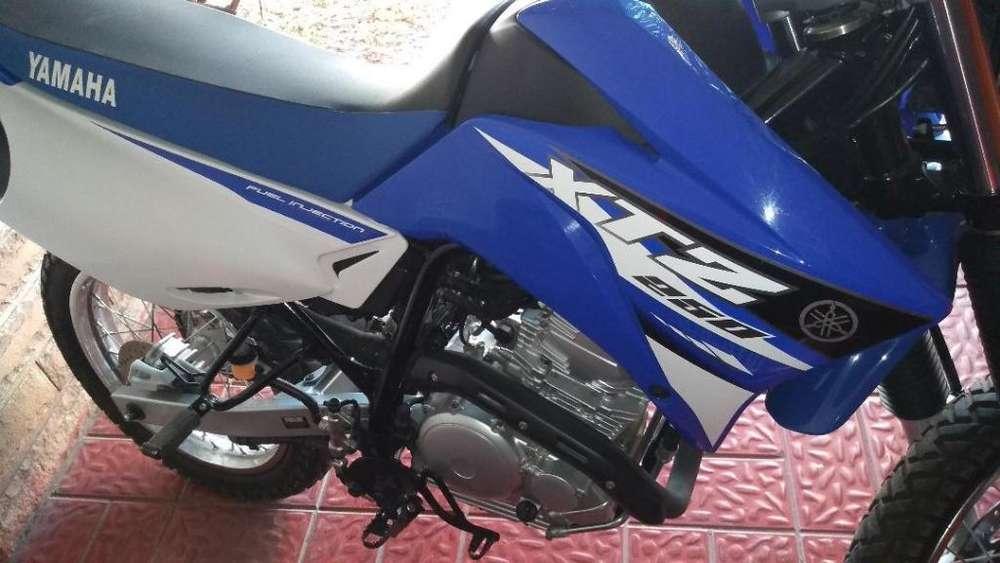 Yamaha XTZ 250 FULL 2016 300KM
