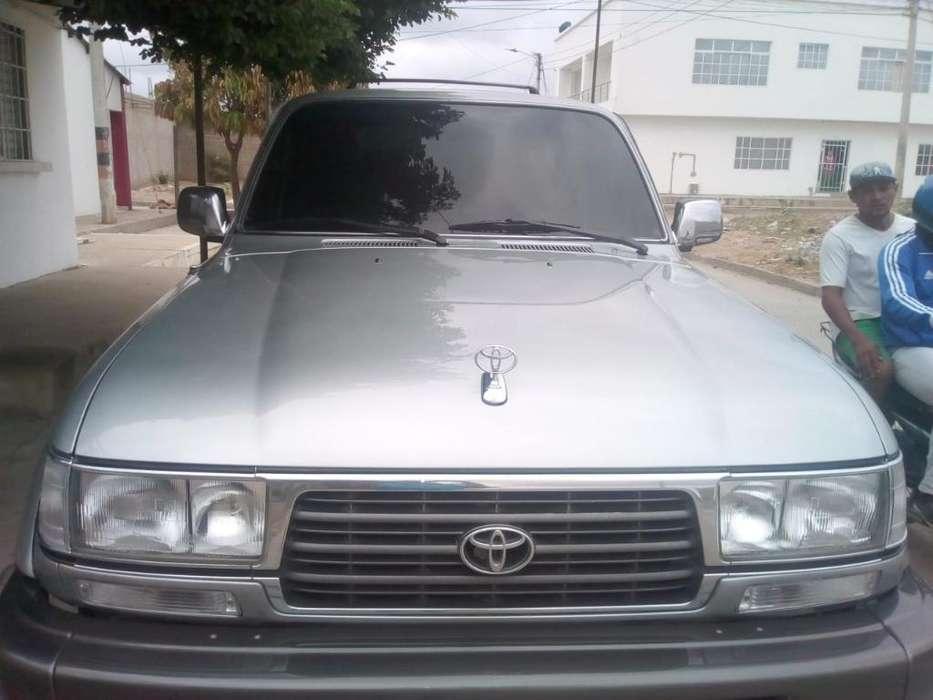 Toyota Burbuja 1998 - 337000 km