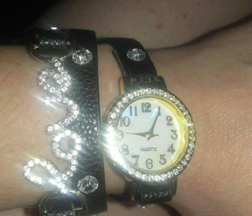 Relojes con Circones Love