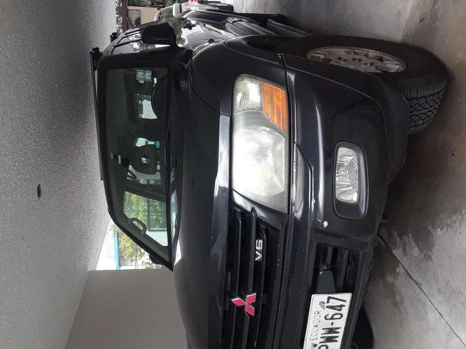 Mitsubishi Montero 2001 - 210009 km