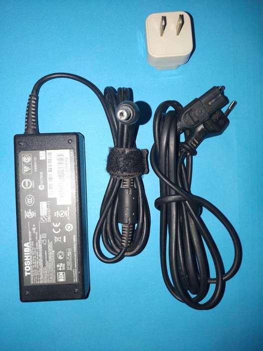 Cargador Toshiba 19 V
