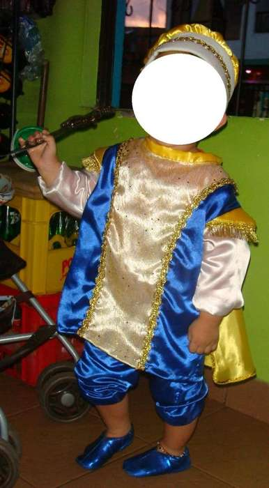 Disfraz de principe para niño de 2 años