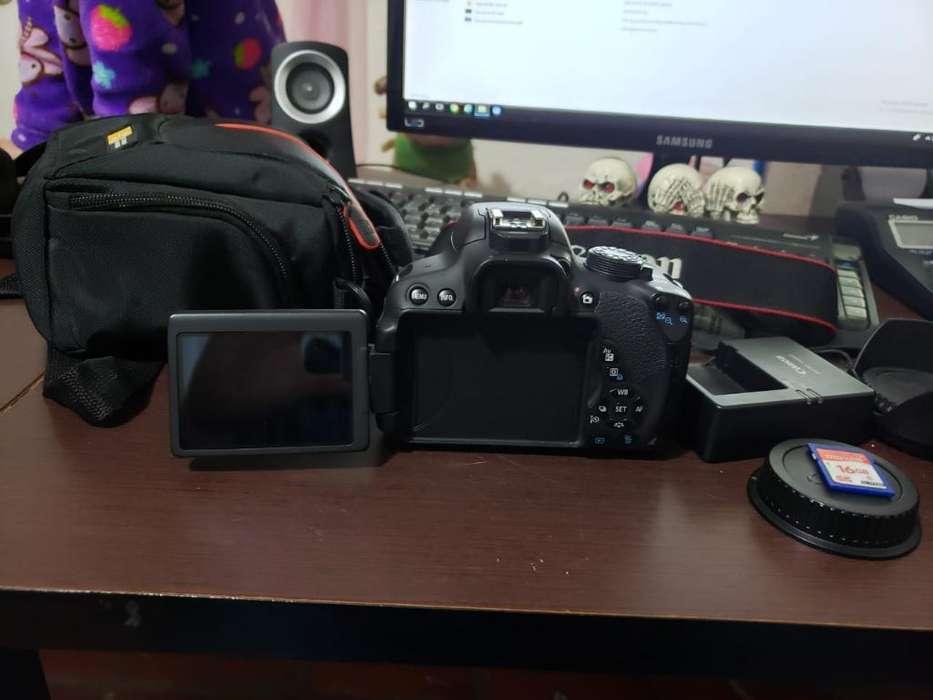 Camara Canon Rebel T5i