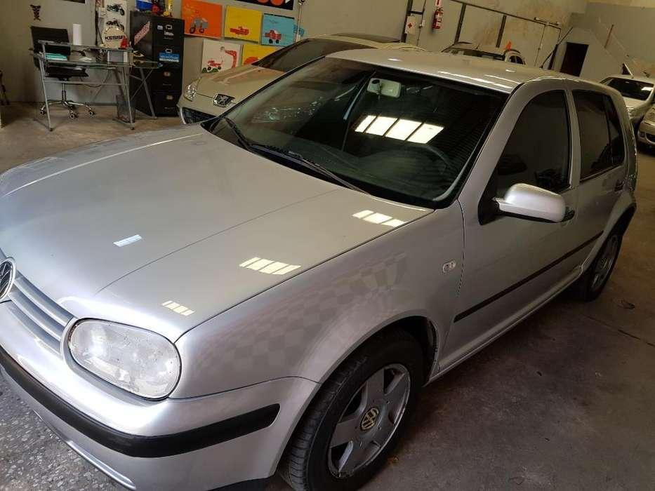 Volkswagen Golf 2005 - 130000 km