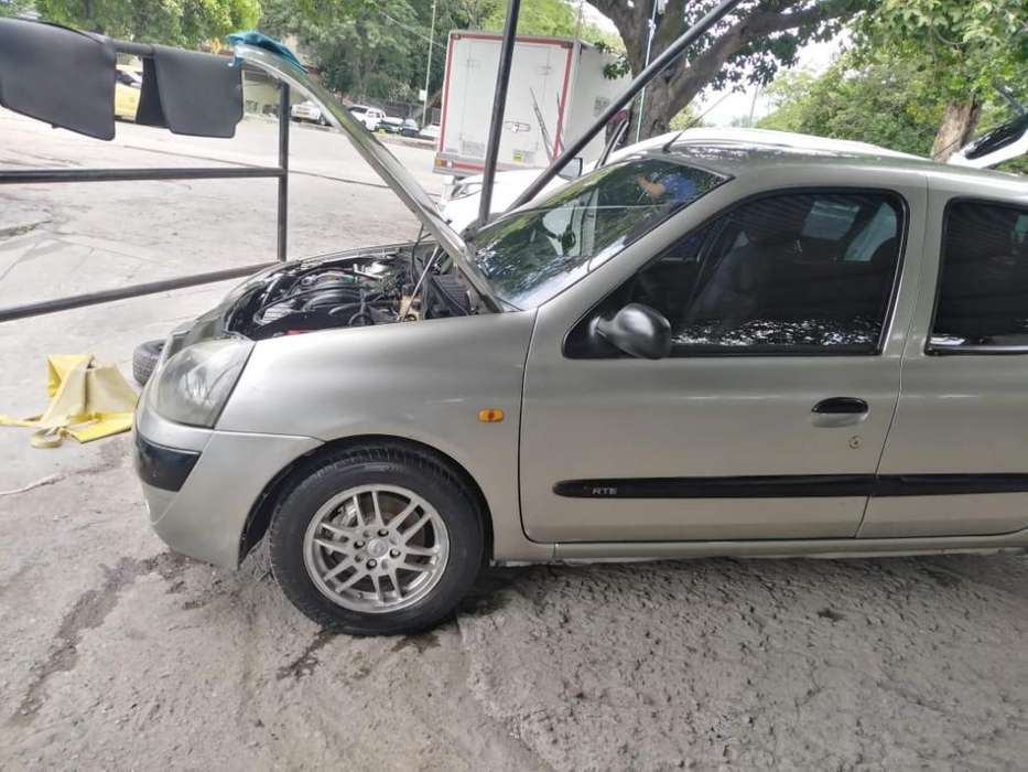 <strong>renault</strong> Clio  2003 - 129000 km