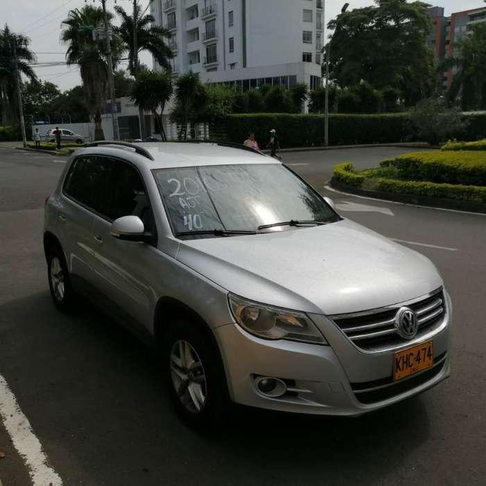 Volkswagen Tiguan 2010 - 72000 km