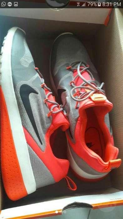 Remato Nike Nuevos Originales en Caja