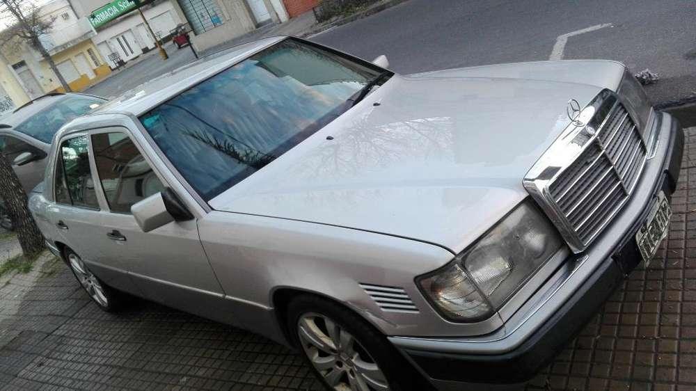 Mercedes-Benz 220 1993 - 540000 km
