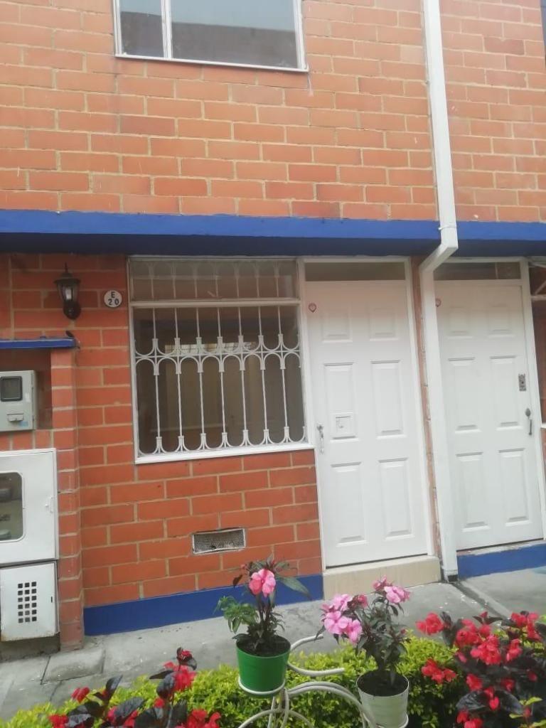Se Vende Casa En Tierra Buena Patio Bonito Bogota