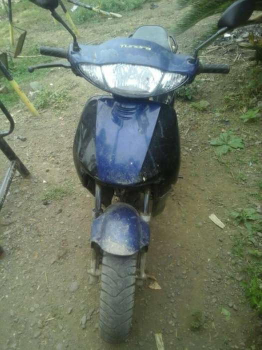Vendo <strong>motoneta</strong>