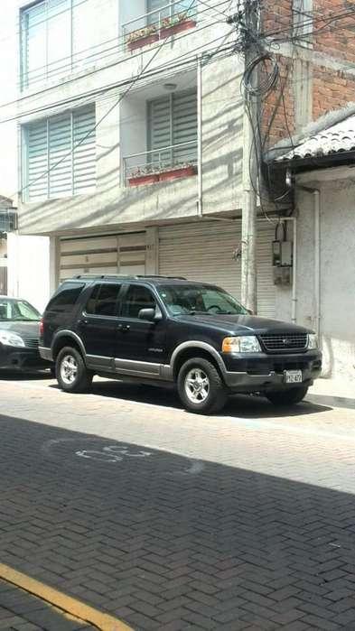 Ford Explorer 2003 - 261000 km