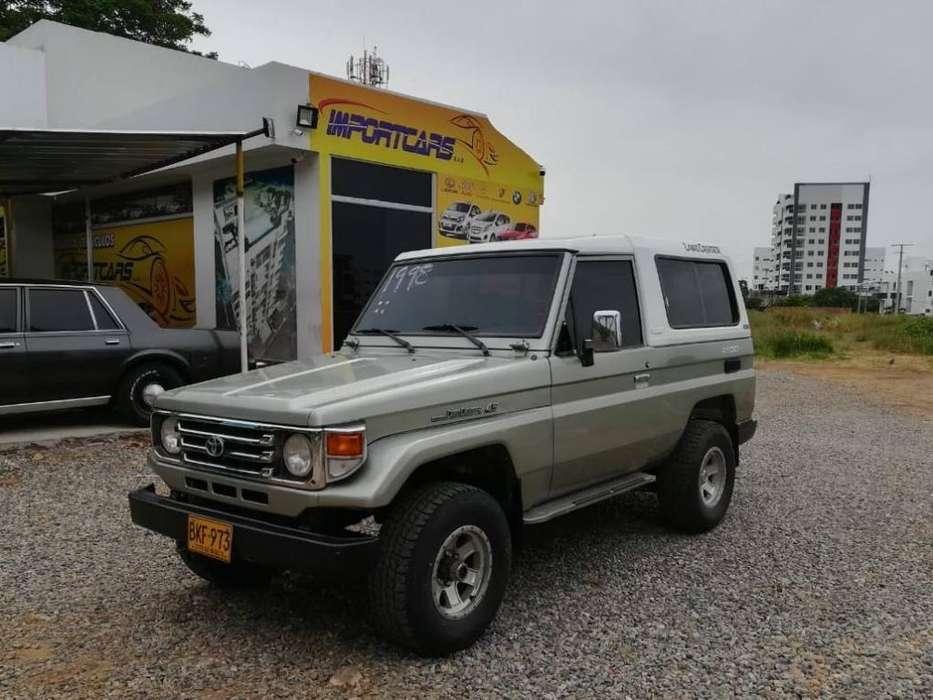 Toyota Land Cruiser 1998 - 246000 km