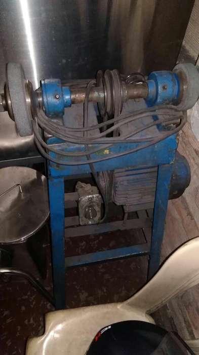 Esmeril Tipo Industrial Funcional 220 Vl