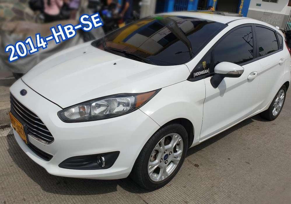 Ford Fiesta  2014 - 72000 km
