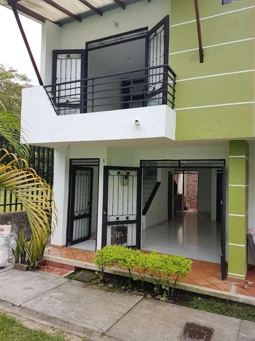 Se Vende <strong>casa</strong> en Conjunto Cerrado