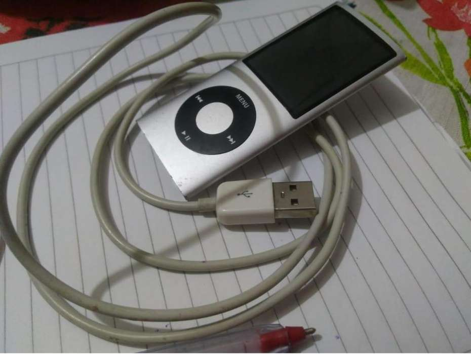 <strong>ipod</strong> - 8 GB