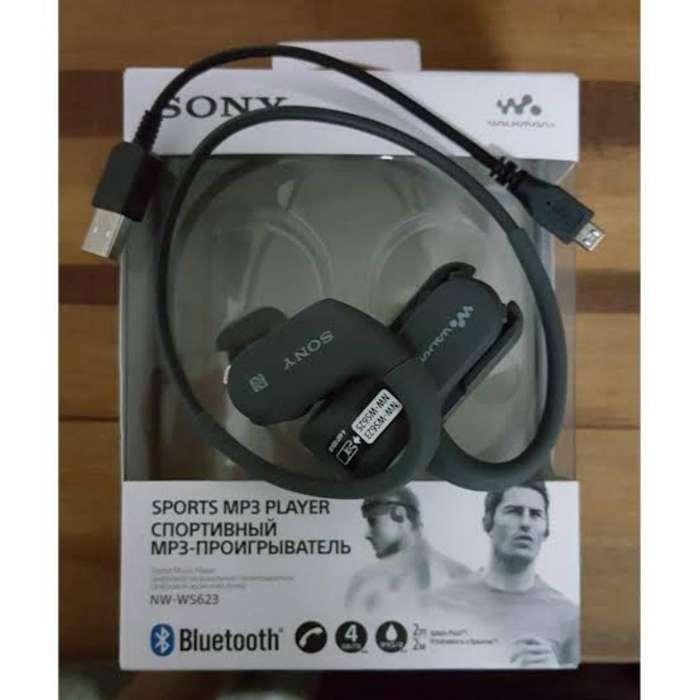 Remato Vendo Sony Walkman Cargador a 29