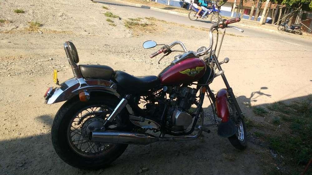 Vendo O Cambio Moto Tipo Shopper 150 Cc