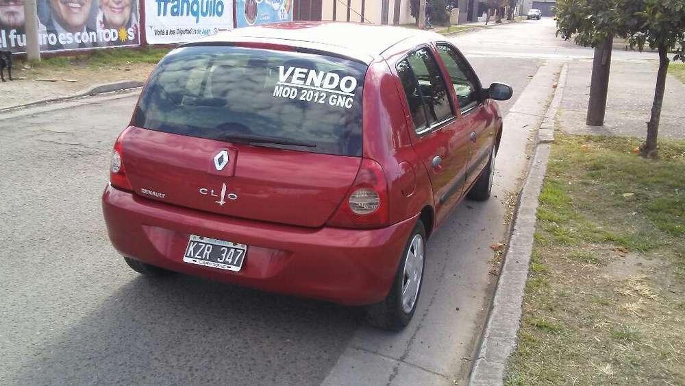 Renault Clio  2012 - 11400 km