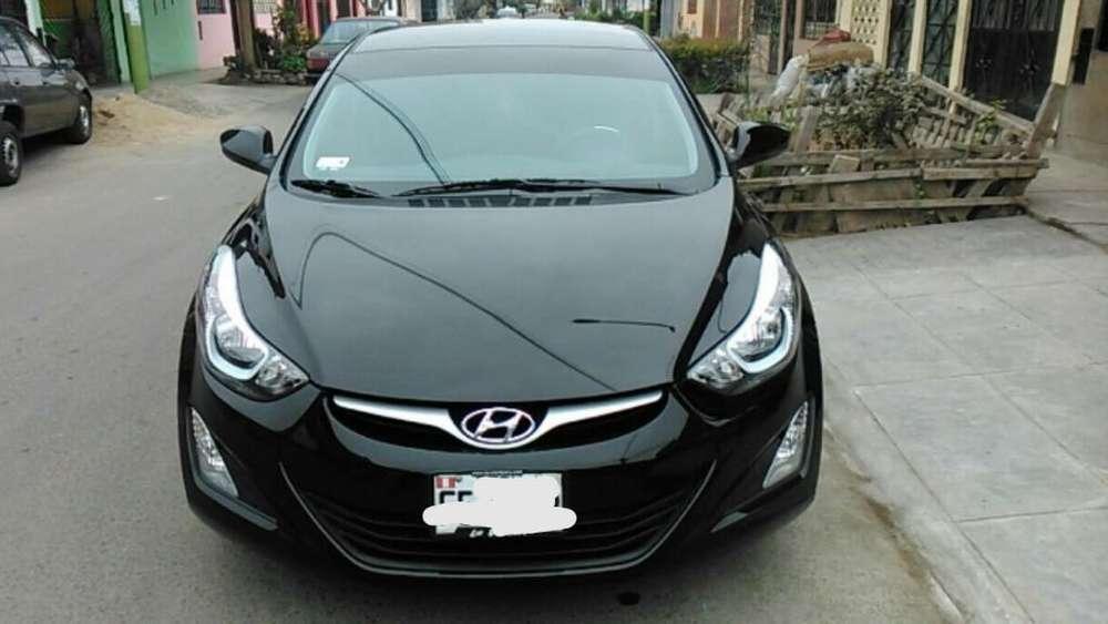 Hyundai Elantra 2013 - 180000 km