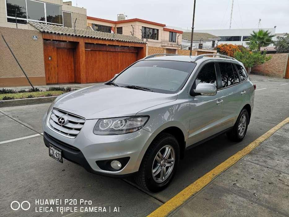 Hyundai Santa Fe 2012 - 62000 km