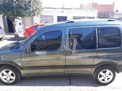 Vendo Peugeot Patagonica Vtc Plus 1.6