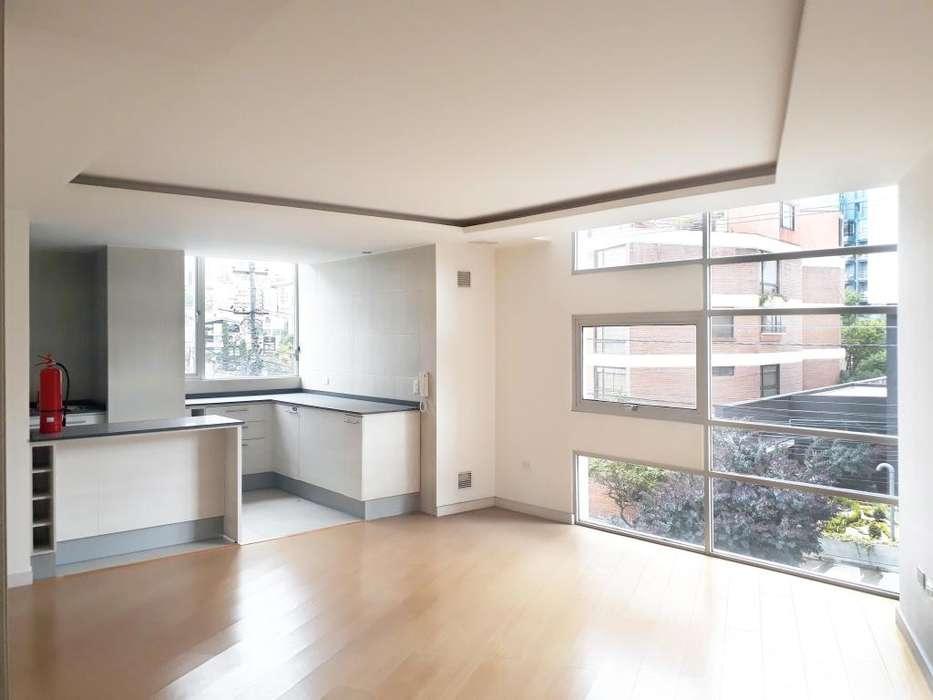 Hermoso <strong>departamento</strong> de 3 dormitorios en venta, sector La Carolina, Edificio Bolshoi, 102 m²