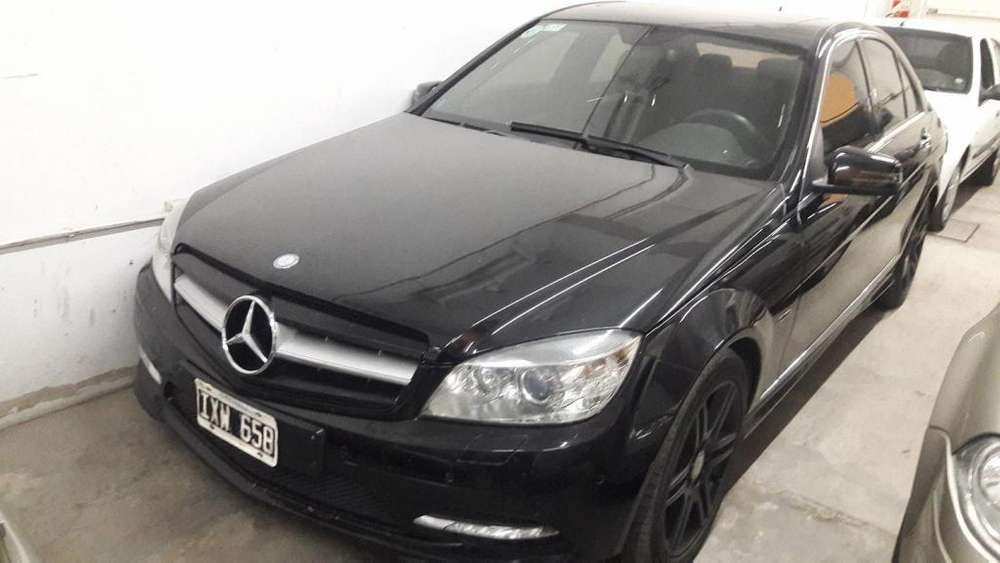 Mercedes-Benz 350 2010 - 165000 km