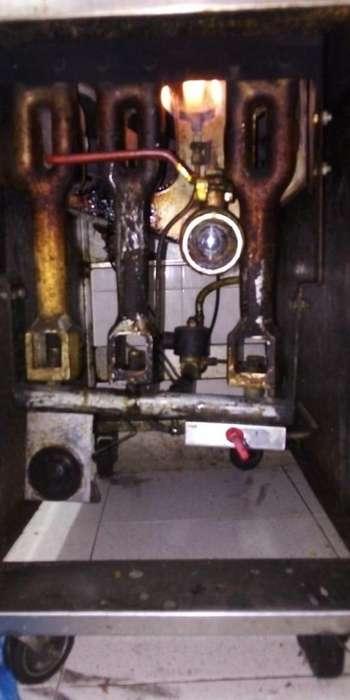 ofrecemos mantenimiento preventivo y reparaciones a freidoras a gas