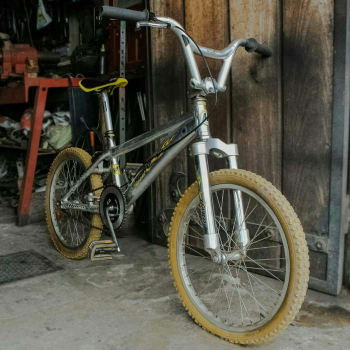 <strong>bicicleta</strong> Bmx de Aluminio