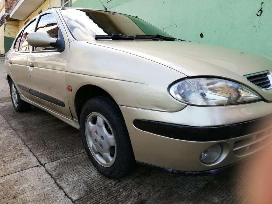 Renault Megane  2000 - 195 km