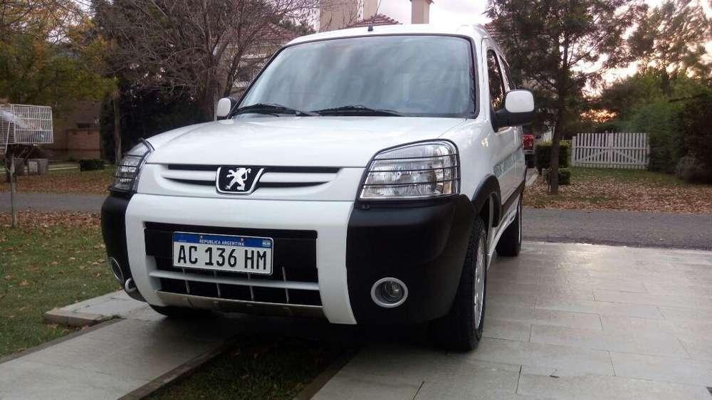 Peugeot Partner 2018 - 19500 km